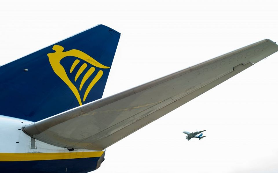 Ryanair shares drop as profits suffer 30 per cent hit on falling ticket prices