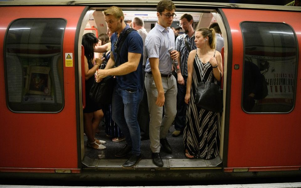 Long commutes cost UK businesses 20m days of staff productivity