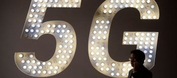 Welcome to the future: EE 5G lands in London and five other UK cities