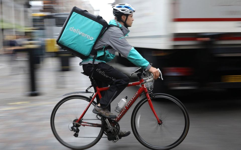 Amazon in talks to invest £450m in Deliveroo