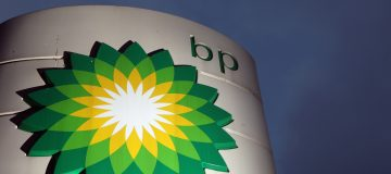BP powers ahead of analysts as oil major boosts profit by increasing output