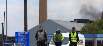UK manufacturers gloomy but consumers more upbeat