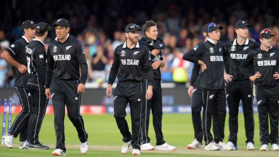 New Zealand's captain Kane Williamson (C) walks with his players ahead of a 'super over' during the 2019 Cricket World Cup final between England and New Zealand at Lord's Cricket Ground in London on July 14, 2019. (Photo by Dibyangshu Sarkar / AFP) / RESTRICTED TO EDITORIAL USE        (Photo credit should read DIBYANGSHU SARKAR/AFP/Getty Images)