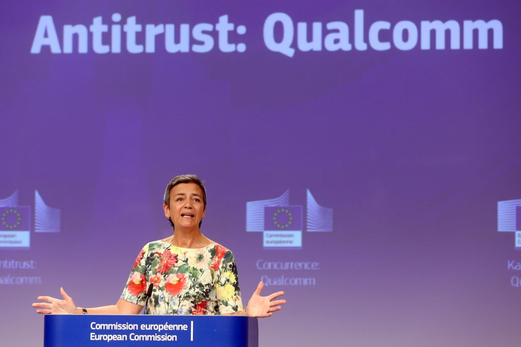 EU fines Qualcomm €242m for 'crushing' 3G competitor