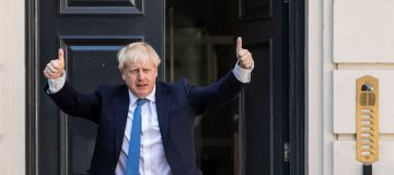 Boris Johnson set to name new Cabinet after meeting with the Queen