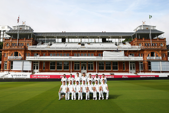 LONDON, ENGLAND - JULY 22: The Ireland squad pose for a team photo during previews ahead of the four day test match between England and Ireland at Lord's Cricket Ground on July 22, 2019 in London, England. (Photo by Julian Finney/Getty Images)