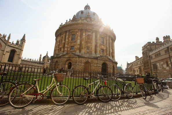 Almost a third of trainee lawyers at elite Magic Circle law firms educated at Oxbridge