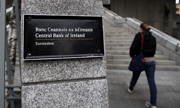 Irish central bank: No-deal Brexit would see growth plummet