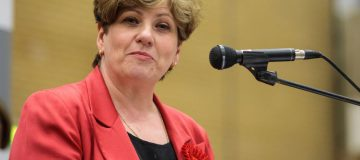 Emily Thornberry: Labour would be 'off our rockers' not to campaign for Remain