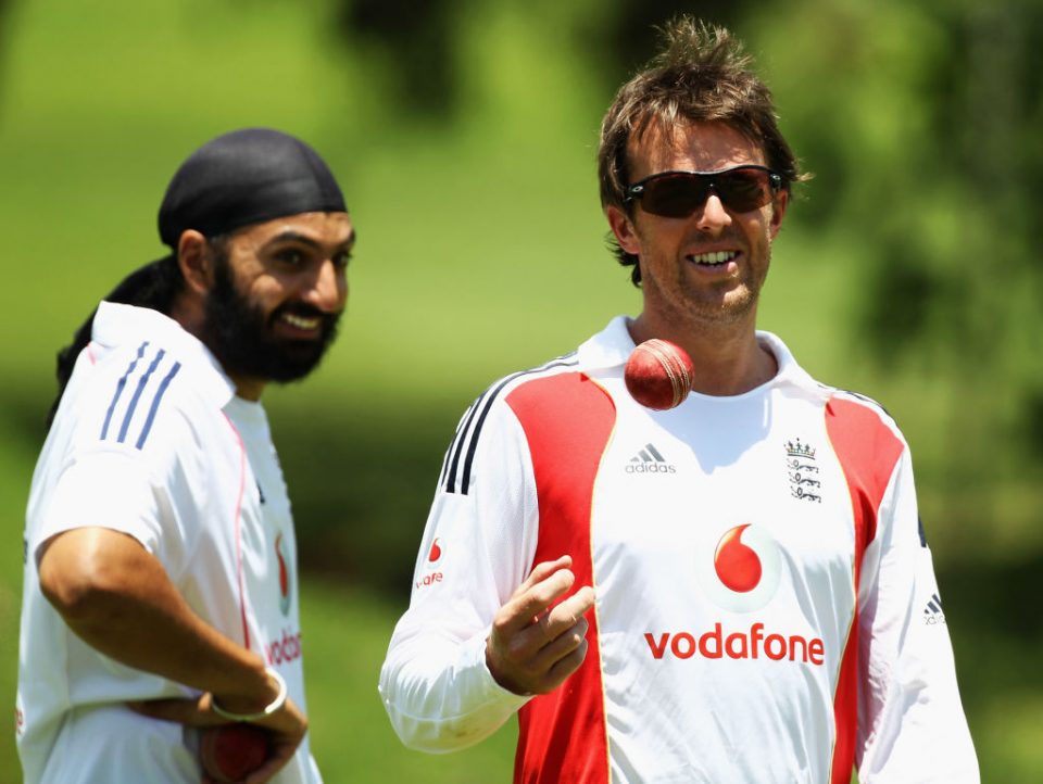 JOHANNESBURG, SOUTH AFRICA - JANUARY 11:  Graeme Swann of England shares a joke with Monty Panesar during an England nets session at The Wanderers Cricket Ground on January 11, 2010 in Johannesburg, South Africa.  (Photo by Paul Gilham/Getty Images)