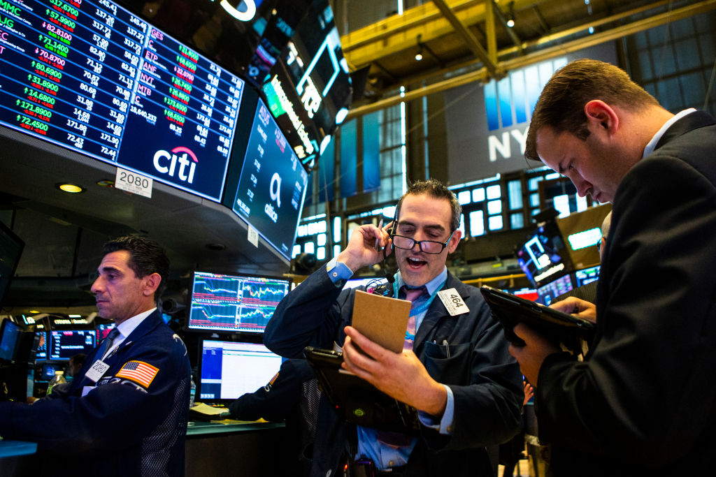 US and European stock markets diverge as trade war jitters continue