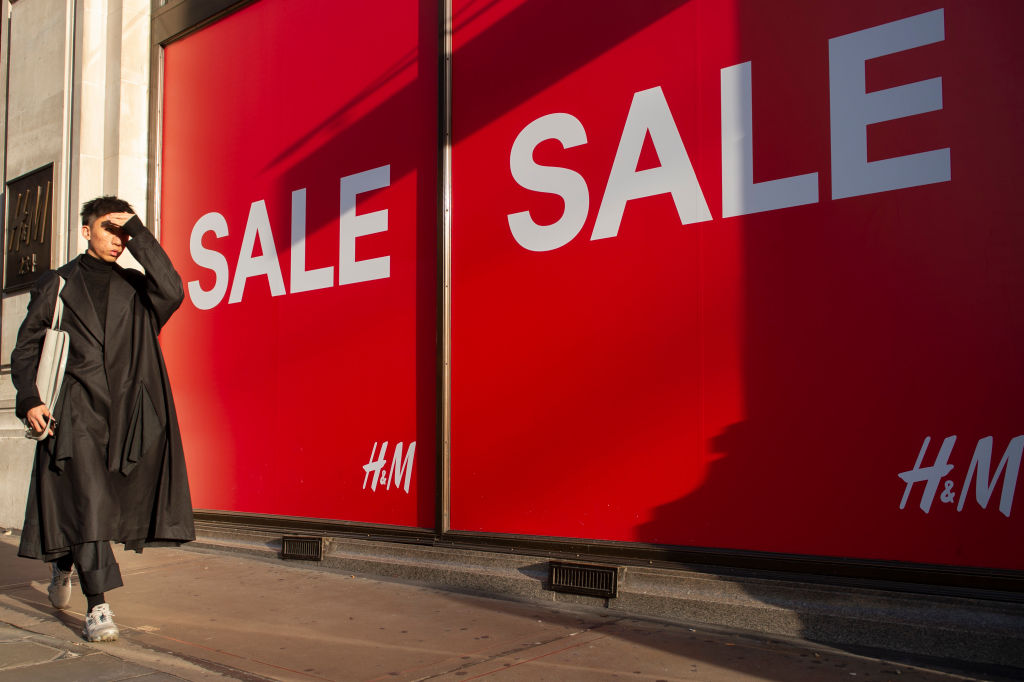 Sales plunge at fastest rate since financial crisis as UK retailers forecast trouble ahead