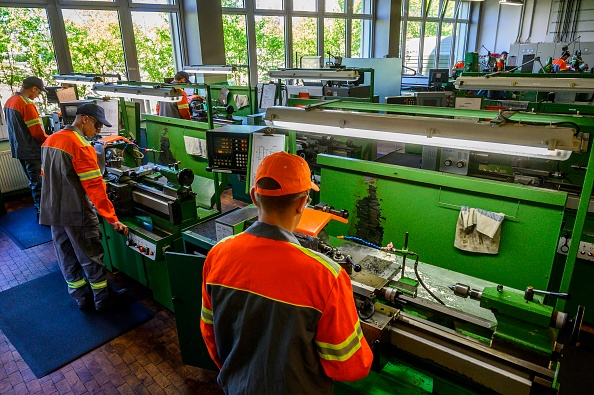 German manufacturing stays firmly in contraction mode in August