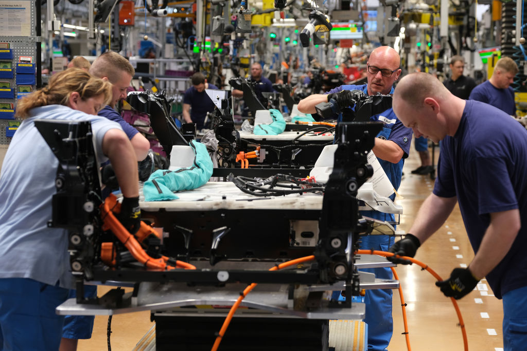 Eurozone economy slows as Germany weakness continues