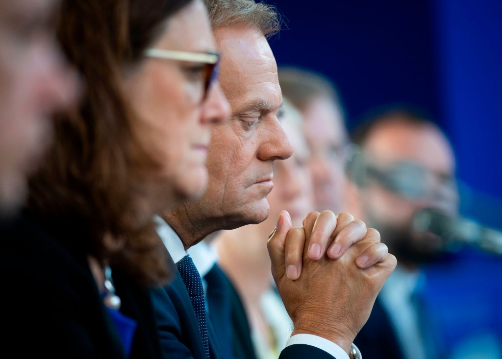 Tusk rejects PM's backstop plea as EU27 memo slams 'misleading' claim