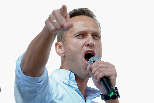 Putin critic Navalny freed from jail