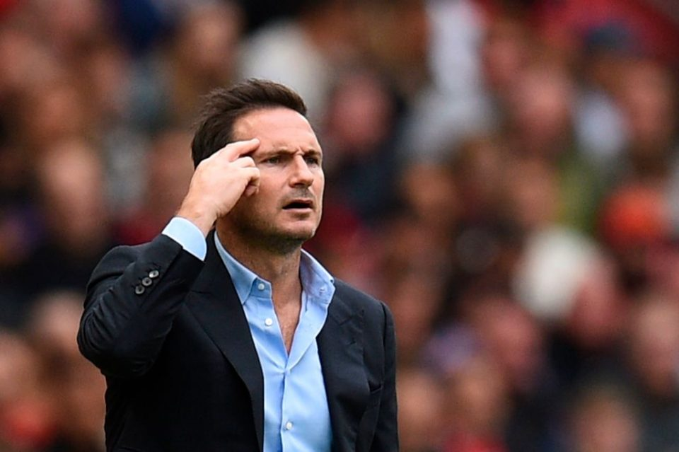 Chelsea's English head coach Frank Lampard gestures on the touchline during the English Premier League football match between Manchester United and Chelsea at Old Trafford in Manchester, north west England, on August 11, 2019. (Photo by Oli SCARFF / AFP) / RESTRICTED TO EDITORIAL USE. No use with unauthorized audio, video, data, fixture lists, club/league logos or 'live' services. Online in-match use limited to 120 images. An additional 40 images may be used in extra time. No video emulation. Social media in-match use limited to 120 images. An additional 40 images may be used in extra time. No use in betting publications, games or single club/league/player publications. / (Photo credit should read OLI SCARFF/AFP/Getty Images)