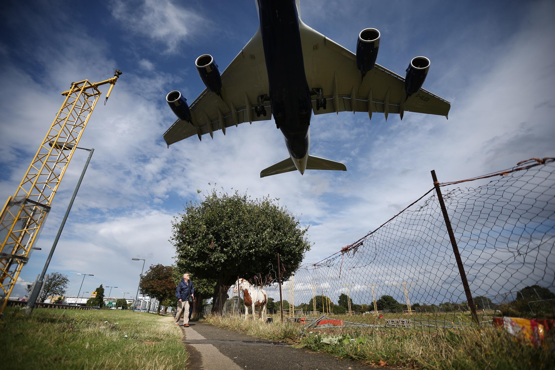 Eco-warriors still threaten Heathrow drone chaos despite 'positive' talks with airport