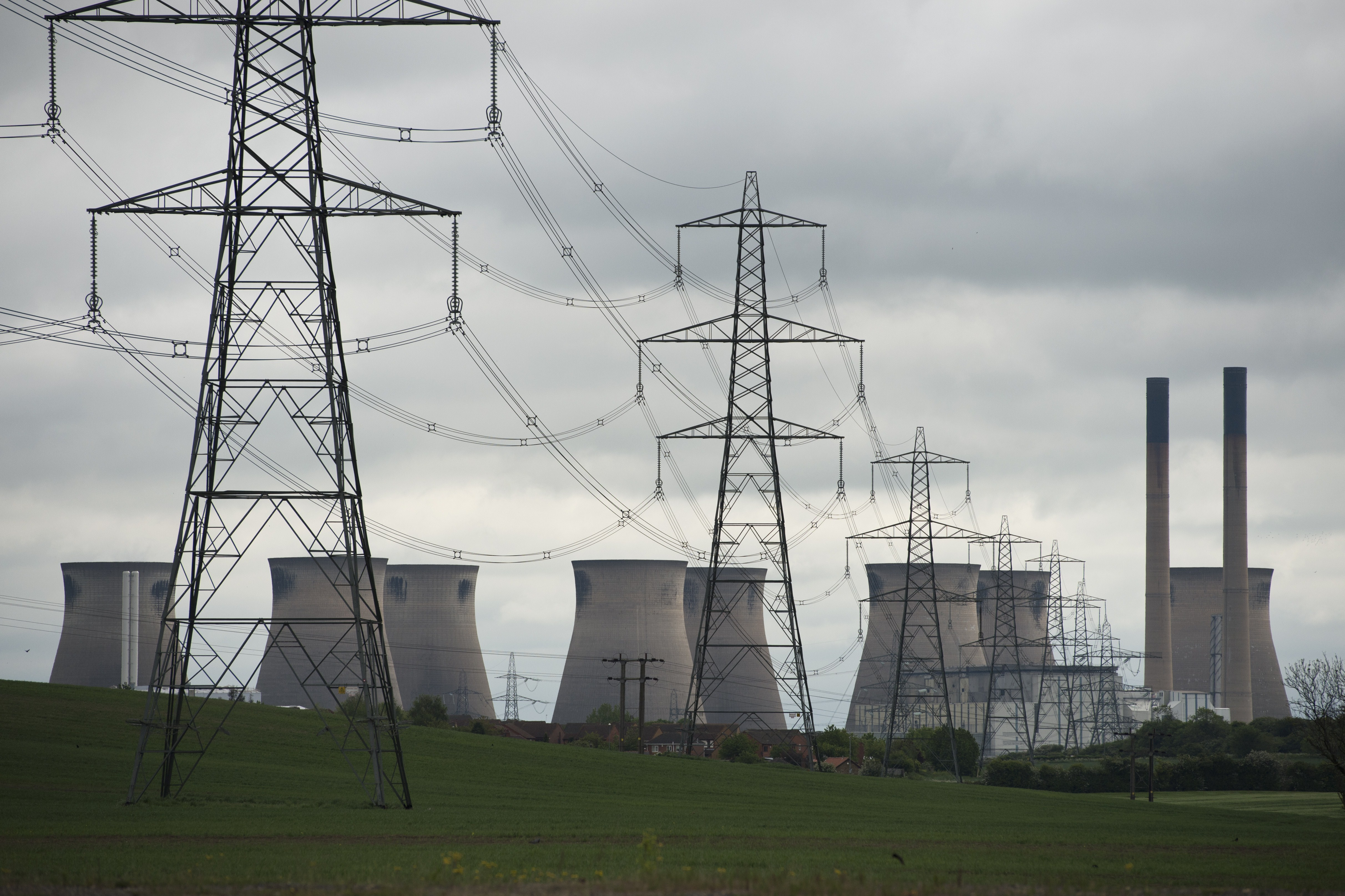 SSE in talks to sell energy retail business to Ovo Energy