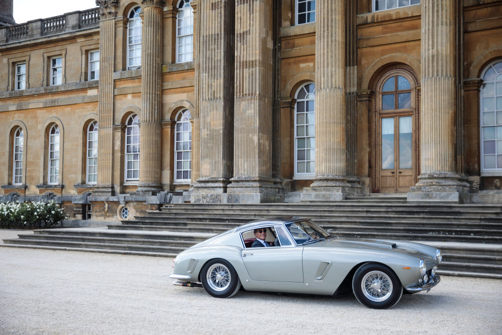 Luxury car imports jump as super-rich look to swerve Brexit costs