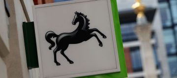 Lloyds suspends share buyback as PPI costs rise to £1.8bn