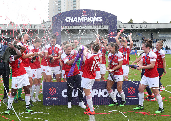 BOREHAMWOOD, ENGLAND - MAY 11: Arsenal women celebrate winning the Women's Super League after the WSL match between Arsenal Women and Manchester City at Meadow Park on May 11, 2019 in Borehamwood, England. (Photo by Catherine Ivill/Getty Images)