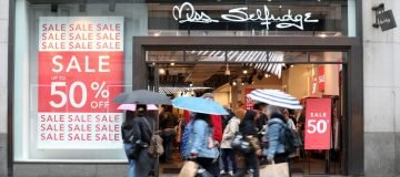 Philip Green's Miss Selfridge posts £17.5m loss as sales slump