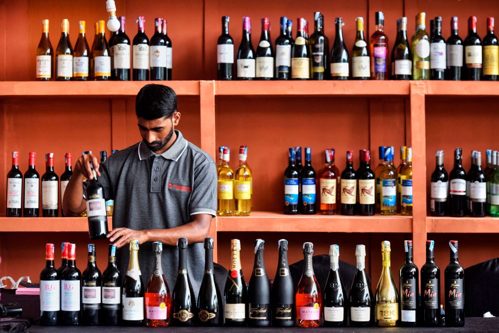 No deal Brexit to force up cost of wine, industry warns