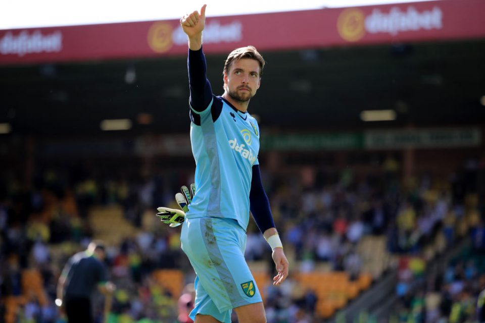 NORWICH, ENGLAND - AUGUST 17: Tim Krul of Norwich City during the Premier League match between Norwich City and Newcastle United at Carrow Road on August 17, 2019 in Norwich, United Kingdom. (Photo by Marc Atkins/Getty Images)