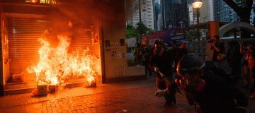 Protesters throw petrol bombs as Hong Kong violence persists