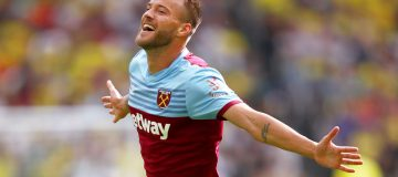 LONDON, ENGLAND - AUGUST 31: Andriy Yarmolenko of West Ham United celebrates after scoring his team's second goal during the Premier League match between West Ham United and Norwich City at London Stadium on August 31, 2019 in London, United Kingdom. (Photo by Julian Finney/Getty Images)