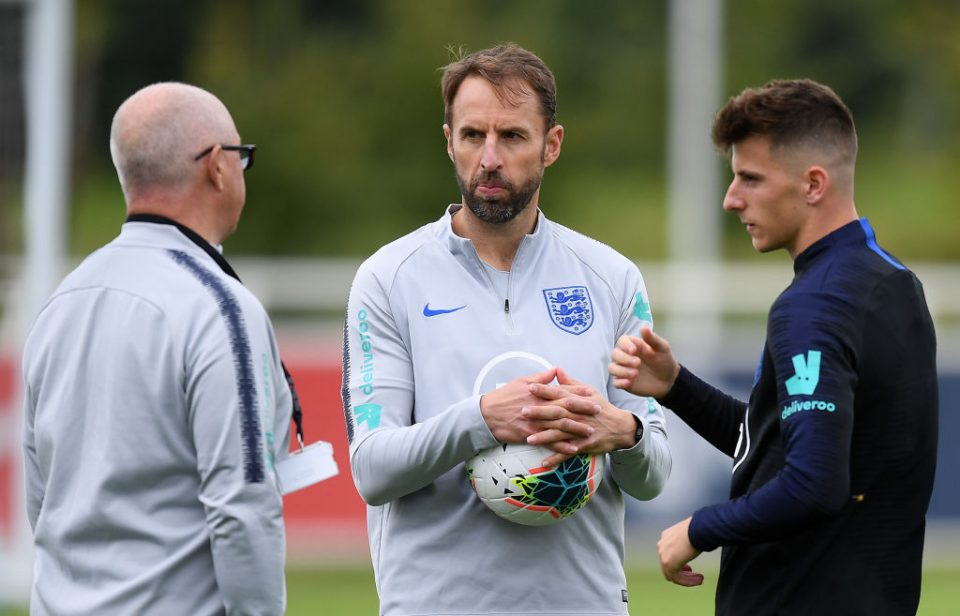 BURTON-UPON-TRENT, ENGLAND - SEPTEMBER 02: England Manager Gareth Southgate stands with Mason Mount during an England Media Access day at St Georges Park on September 02, 2019 in Burton-upon-Trent, England. (Photo by Michael Regan/Getty Images)