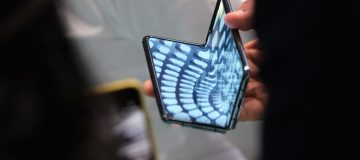Samsung prepares to release new foldable smartphone