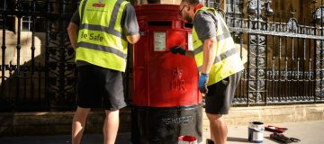 Royal Mail launches search for new UK director