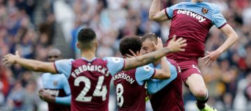 Premier League round-up: Heady Hammers; United striker light; Aubameyang saves Emery's skin – again; and Howe's Fab Four