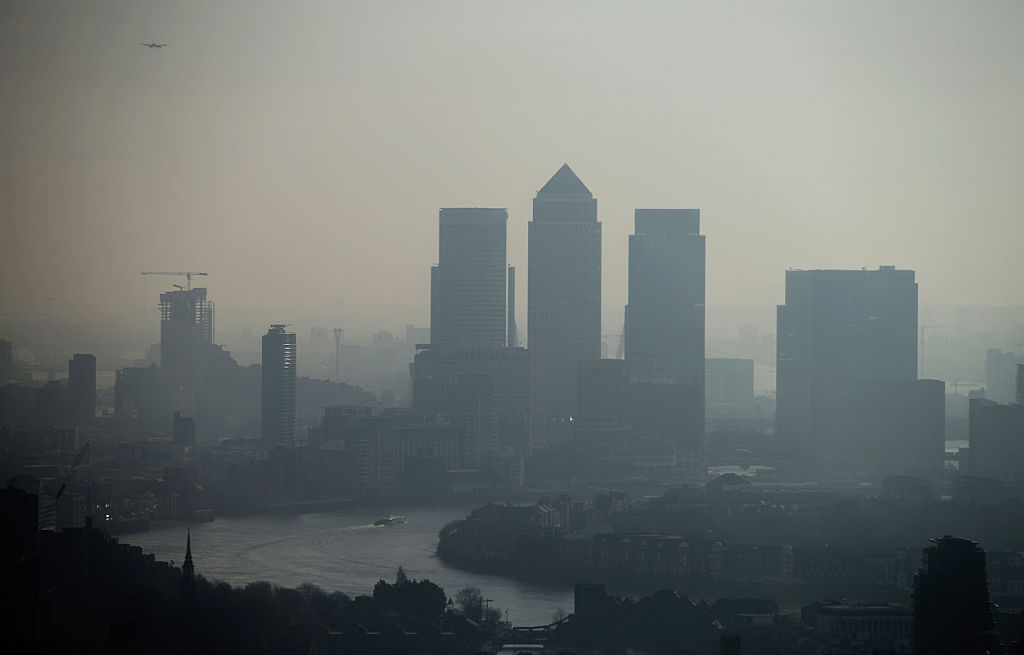 UK financial sector optimism falls as bosses brace for economic slowdown