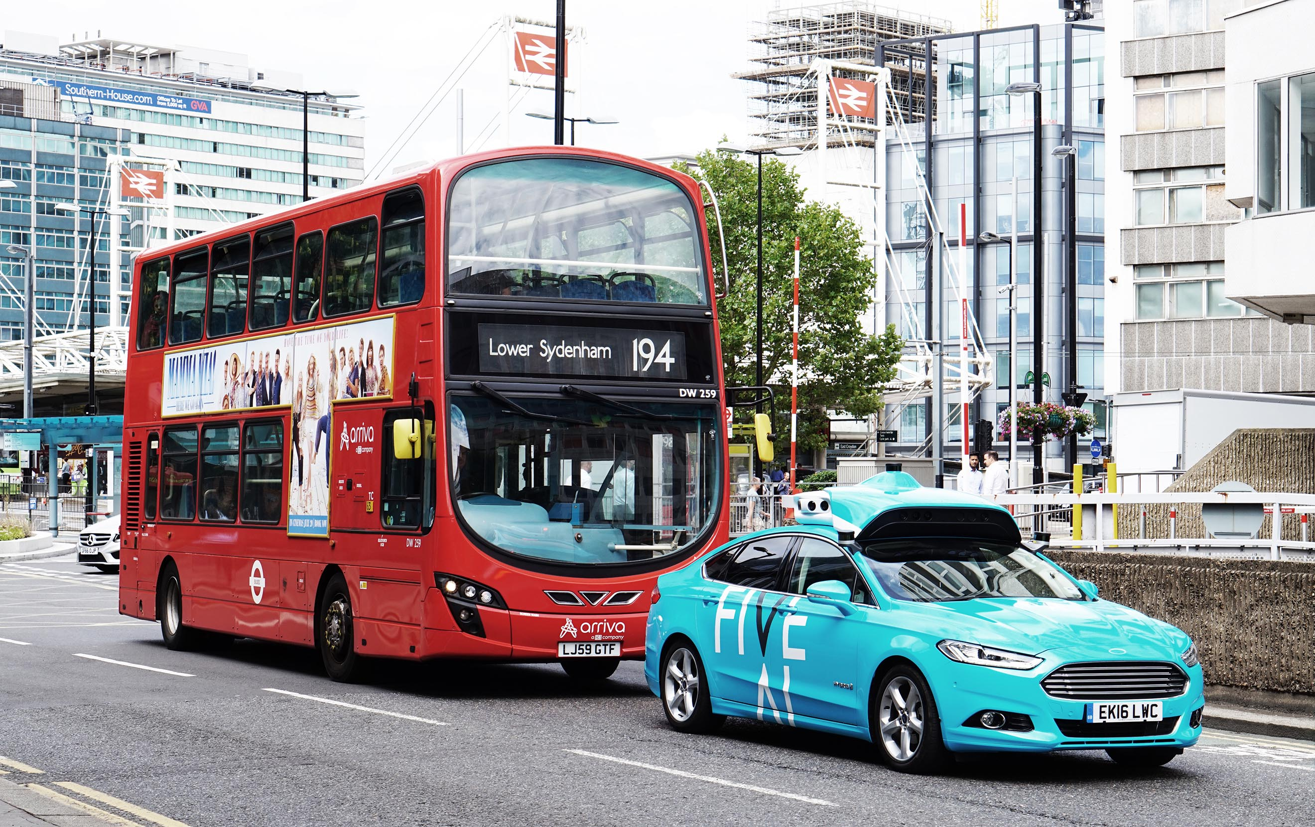 Self-driving startup FiveAI launches commuter trials on London streets