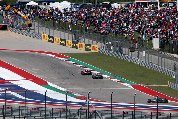 AUSTIN, TX - OCTOBER 21:  Kimi Raikkonen of Finland driving the (7) Scuderia Ferrari SF71H leads Lewis Hamilton of Great Britain driving the (44) Mercedes AMG Petronas F1 Team Mercedes WO9 on track during the United States Formula One Grand Prix at Circuit of The Americas on October 21, 2018 in Austin, United States.  (Photo by Charles Coates/Getty Images)