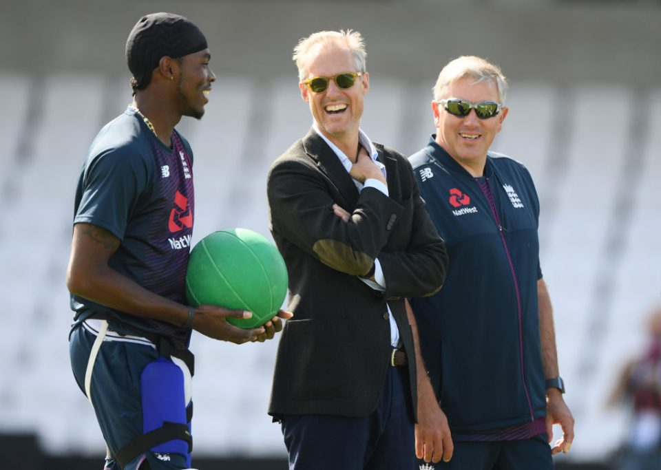 LEEDS, ENGLAND - AUGUST 21: England bowler Jofra Archer (l)  chats with  Ed Smith and Chris Silverwood (r) during England nets ahead of the 3rd Test match at Headingley on August 21, 2019 in Leeds, England. (Photo by Stu Forster/Getty Images)