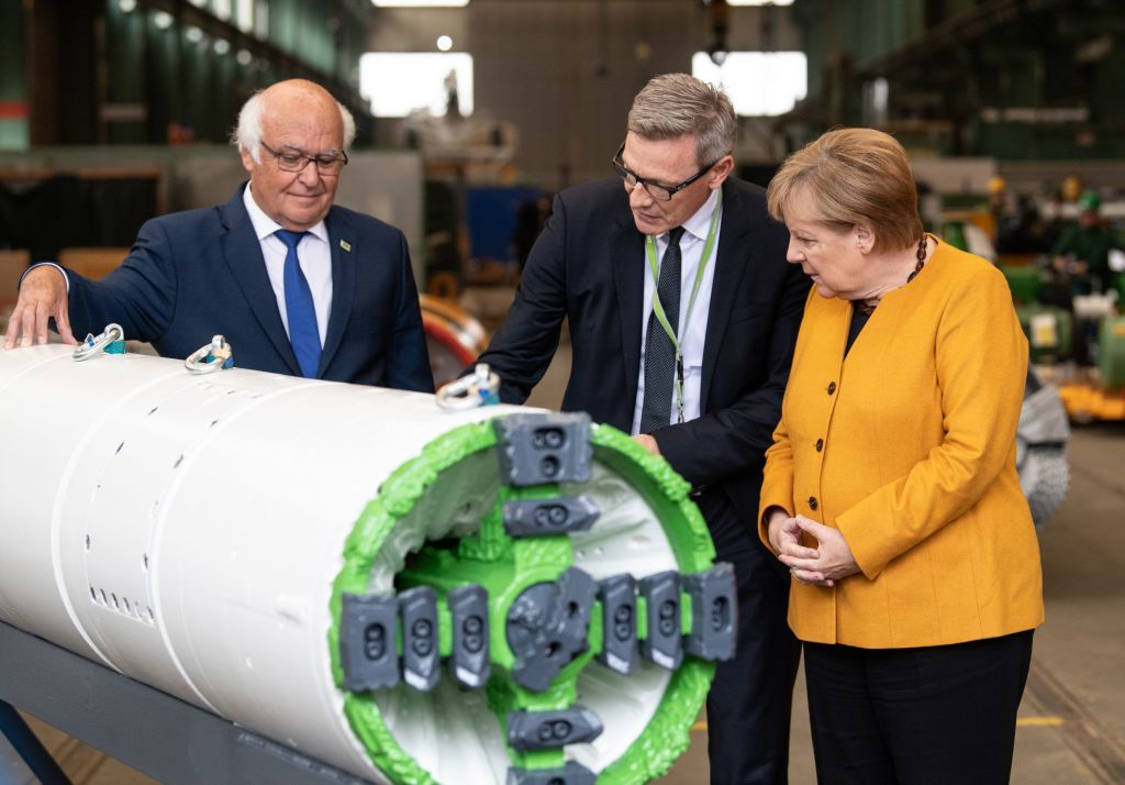 German factory output bounces back