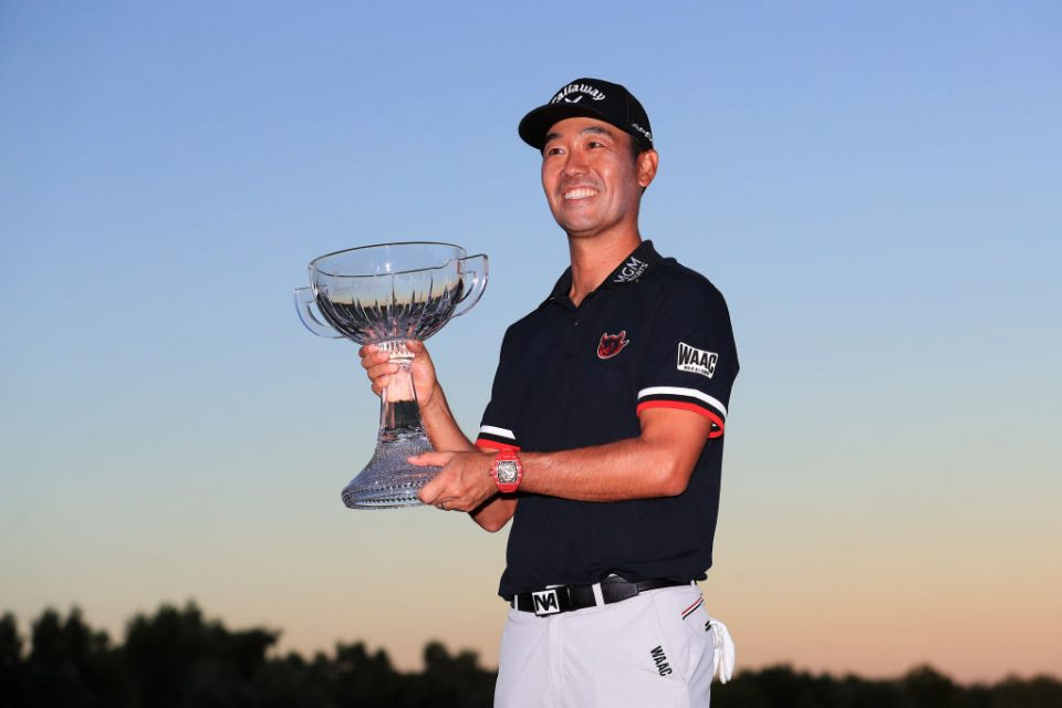 LAS VEGAS, NEVADA - OCTOBER 06: Kevin Na celebrates with the trophy after winning the Shriners Hospitals for Children Open on the second playoff hole during the final round at TPC Summerlin on October 6, 2019 in Las Vegas, Nevada. (Photo by Tom Pennington/Getty Images)