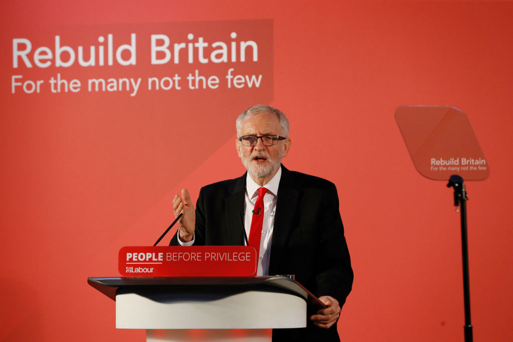 Corbyn leans toward a general election before a second Brexit referendum