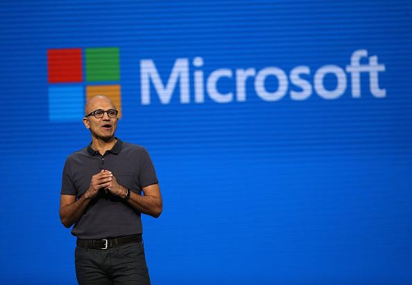 Microsoft beats Amazon to $10bn Pentagon contract