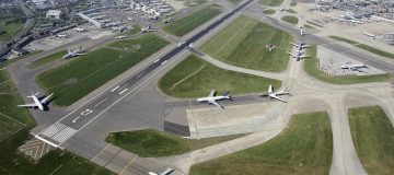 Heathrow airport faces fresh calls to increase competition between airlines