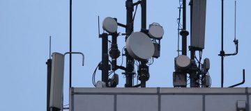 Mobile mast mega-merger makes new monopoly, warns Three