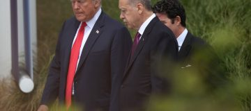 US slaps sanctions on Turkey in bid to stop Syria action