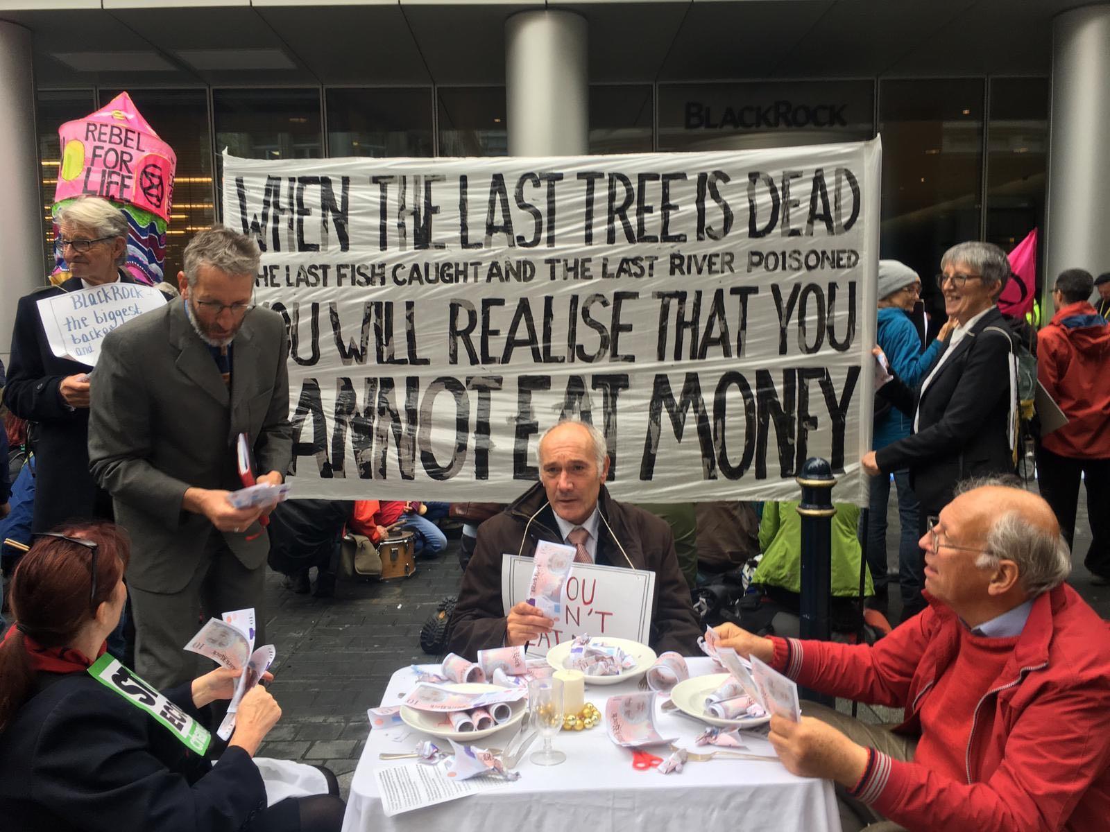 Extinction Rebellion targets Blackrock in protest over 'climate criminals'