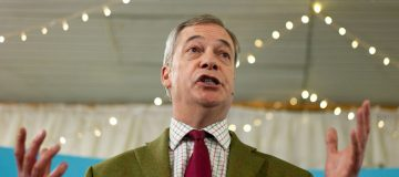 Brexit Party: Nigel Farage calls Brexit the start of a 'political revolution'