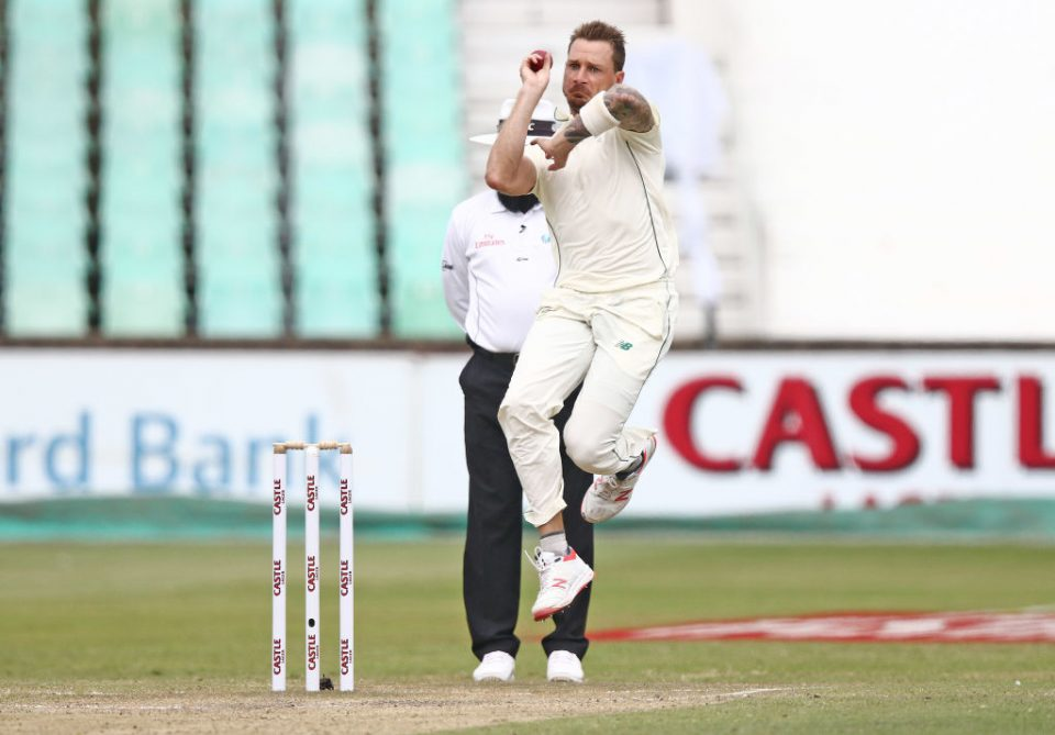 South Africa's Dale Steyn bowls during the fourth day of the first Cricket Test between South Africa and Sri Lanka at the Kingsmead Stadium in Durban on February 16, 2019. (Photo by Anesh DEBIKY / AFP)        (Photo credit should read ANESH DEBIKY/AFP via Getty Images)