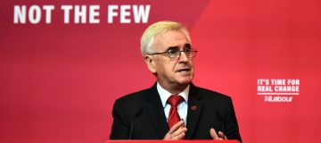 Labour pledges an extra £40bn to NHS